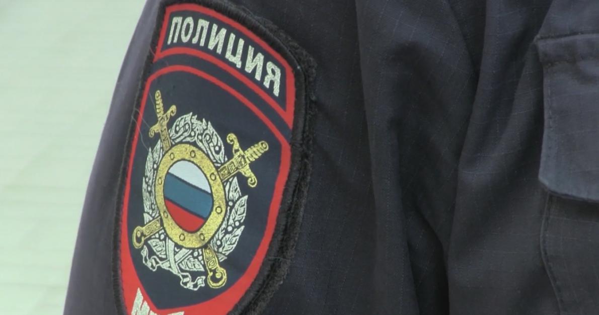Трое ярославцев пытались похитить чугунную ограду напроспекте Ленина