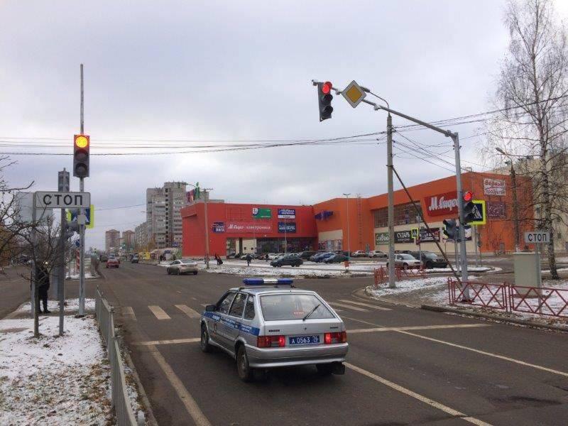 Прокуратура Черкесска требует запретить работу торговых центров.