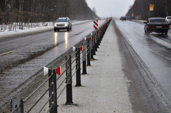 Нааварийных участках дорог поставили ограждения исветофоры