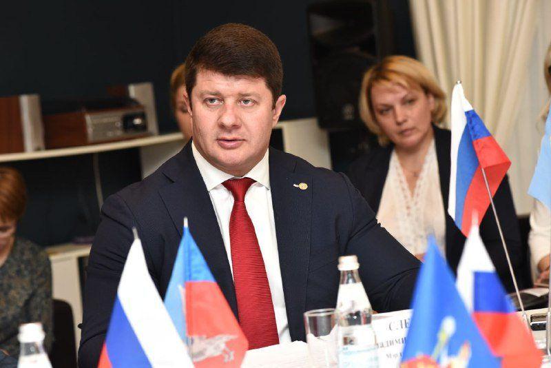 Мэр Сергиева Посада подписал соглашение овзаимодействии сгородами «Золотого кольца»