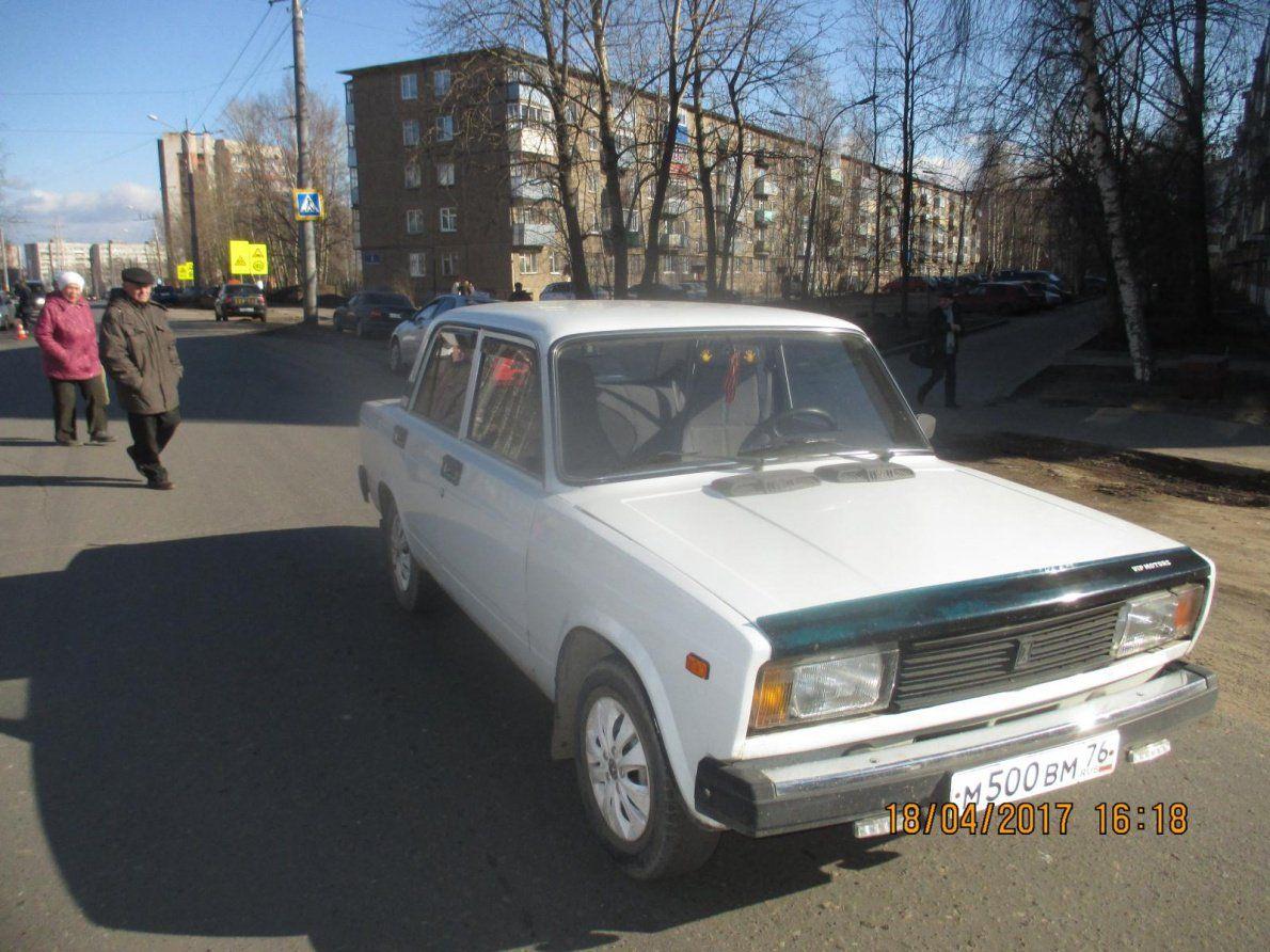 ВЯрославской области шофёр  «Жигулей» сбил назебре ребенка