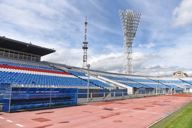 Всередине июня начнется реконструкция стадионов «Шинник» и«Славнефть»