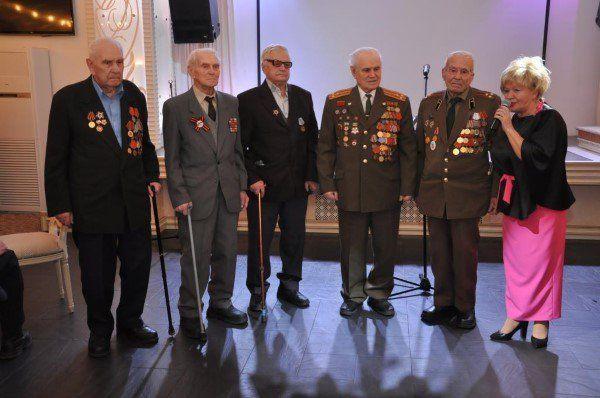 Сергей Собянин открыл выставку «Битва заМоскву» наПоклонной горе