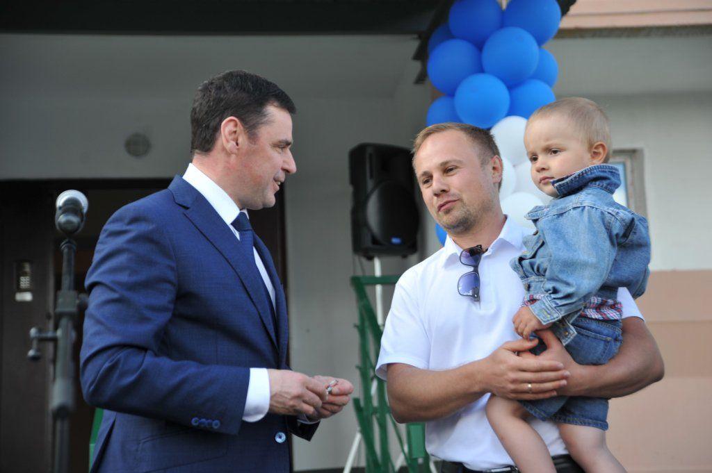 Ярославские дольщики «СУ-155» получили ключи отквартир в 2-х домах