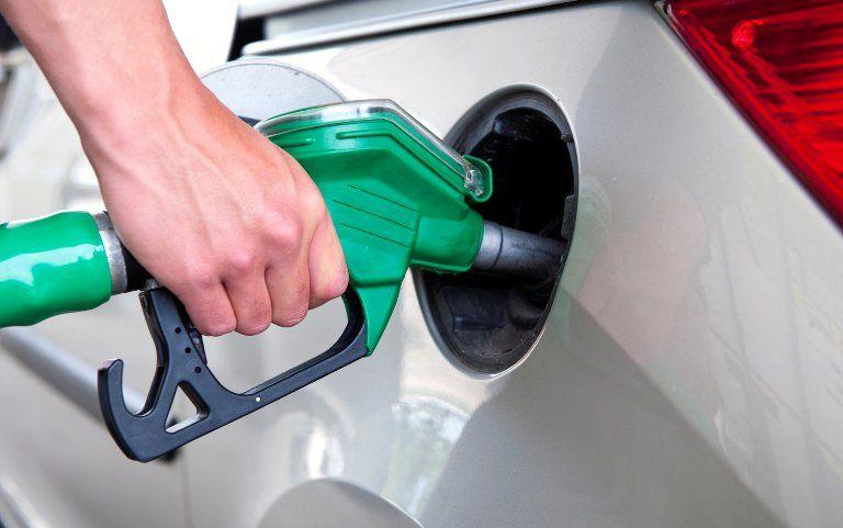 Бензин идизтопливо наАЗС продолжают дорожать