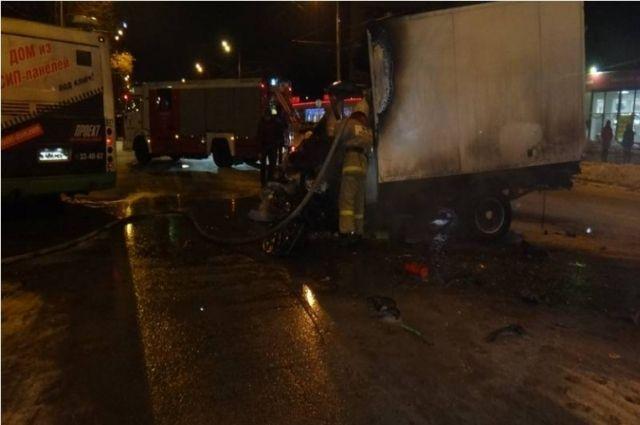ВДТП напроспекте Толбухина сучастием автобуса пострадали 5 человек